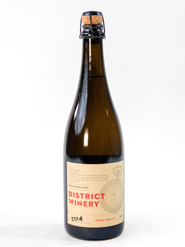 2015 District Winery Blanc de Blancs